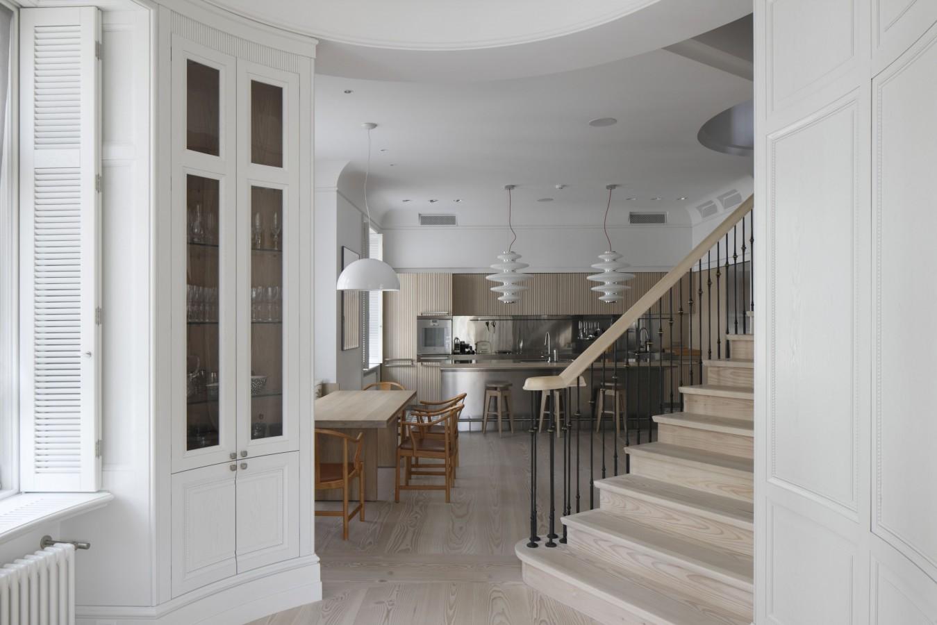 Family apartment interior elizabetes park house for Design apartment riga